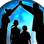 Nadopiekuńczy rodzice – jak zmienić postawę